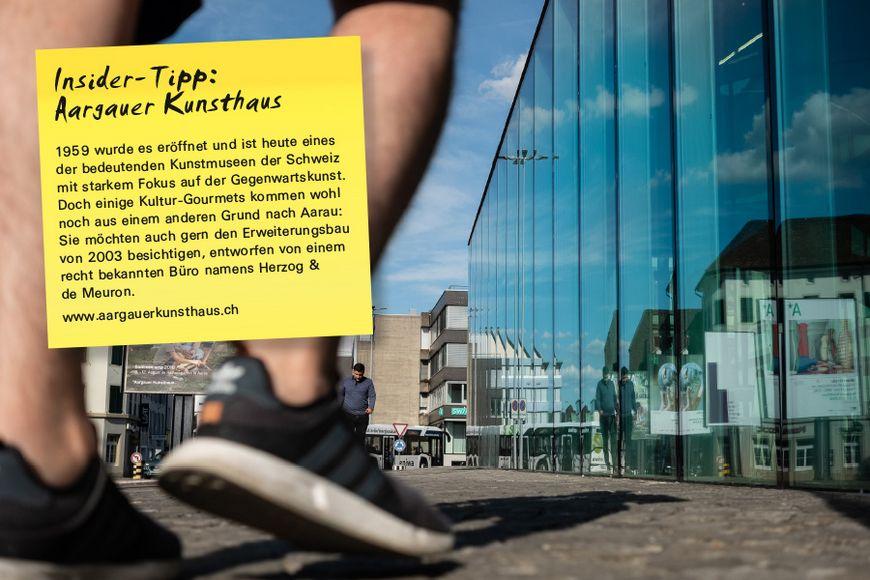 1959 wurde es eröffnet und ist heute eines der bedeutenden Kunstmuseen der Schweiz mit starkem Fokus auf der Gegenwartskunst. Doch einige Kultur-Gourmets kommen wohl noch aus einem anderen Grund nach Aarau: Sie möchten auch gern den Erweiterungsbau von 2003 besichtigen, entworfen von einem recht bekannten Büro namens Herzog & de Meuron.
